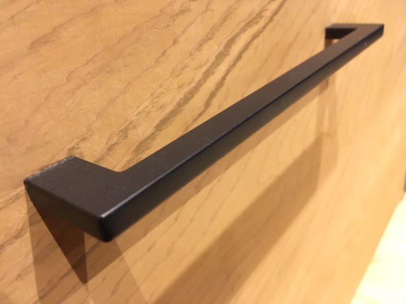 KAWAJUNの黒のプルノブPC-166-003L【2年使用した感想】